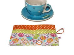 Check out this item in my Etsy shop https://www.etsy.com/pt/listing/227297231/tea-wallet-fabric-tea-wallet-tea-carrier