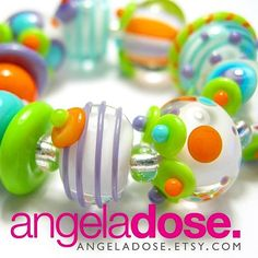 These yummys will be in tomorrow's update!! 9 am CST in my Etsy shop! Link in bio! #angeladosedesign #beadstomorrow #etsyupdate #etsyseller #etsyshop #lampworkbeads #104coe #sodalimeglass #handmadelampwork #glassbeads #studiolife