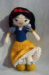 Ravelry: Amigurumi Crochet Pattern Snow White pattern by Akinna Stisu