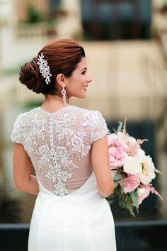 Wedding dress idea; photo: Debra Eby Photography (scheduled via http://www.tailwindapp.com?utm_source=pinterest&utm_medium=twpin&utm_content=post61059518&utm_campaign=scheduler_attribution)