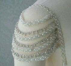 Abnehmbare Perlen Elfenbein und Strass Cap Sleeves Add to My Wedding Dress - Shoulder Jewelry, Shoulder Necklace, Cap Sleeves, Dresses With Sleeves, Detachable Sleeves Wedding Dress, Wedding Dresses Plus Size, Wedding Gowns, Lace Wedding, Wedding Rings