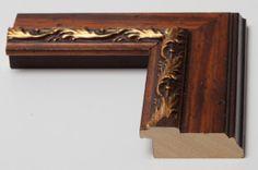 Cornice in legno in arte povera con ricami dorati in vendita nel nostro #ecommerce