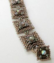 Boxcar Beauty Bracelet Beading Pattern by Carole Ohl at Bead-Patterns.com