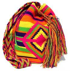 Wayuu Mochila large shoulder bag by Wayuu Chic pink star