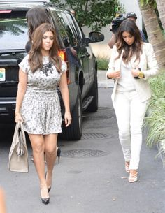 Khloe And Kourtney Kardashian Seen After A Ping Day In Miami 9 Interior Of Makoto