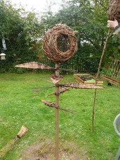 Posts about willow sculptures written by wildlifekate Veg Garden, Garden Art, Environmental Sculpture, Twig Art, Willow Weaving, Bent Wood, Garden Ornaments, Garden Crafts, Outdoor Projects