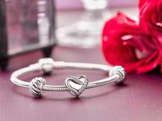 This timeless bracelet was designed to fill your heart for years to come.