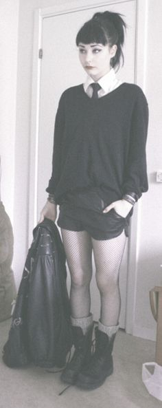 this outfit is so wonderful. I want it in my closet now, k thanx.
