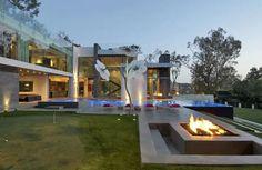 Incredible house in California / Maison incroyable en Californie  | More photos http://petitlien.fr/designhouses