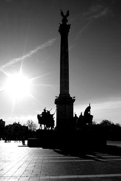 Budapest http://www.facebook.com/photo.php?fbid=526329777388601=o.289271301967=1