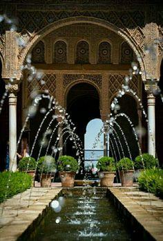 نافوره قصر الحمراء Fountain Alhambra