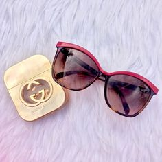 | FENDI | Tortoise Shell Oversized Sunglasses Authentic FENDI Tortoise oversized sunglasses with red lining. There is minimal scratching [ picture above on photo 3 ] other than that they are in great condition! Case included FENDI Accessories Sunglasses