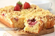Ciasto drożdżowe z truskawkami, ciasto z truskawkami, drożdżowe z owocami, ciasto z kruszonką http://najsmaczniejsze.pl #food #cake