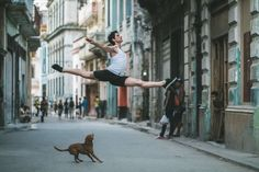 (Cuba, the ballet) Omar Z. Robles From the artist: Over the past two years I've devoted my work almost exclusively to photographing ballet dancers within urban. Ballerina Dancing, Ballet Dancers, Ballet Photography, Street Photography, Cuba Dance, Street Ballet, Dance Project, Ballet Companies, Dance Movement