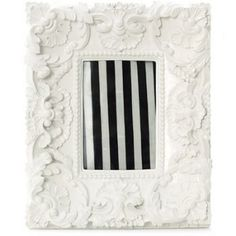 antique white picture frame
