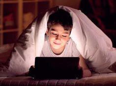 Malos hábitos visuales de nuestros niños.  http://ow.ly/KY96J   #pantallasdigitales #fatigavisual #SVICENTRO ÓPTICO Juan Ramón TENA: Google+