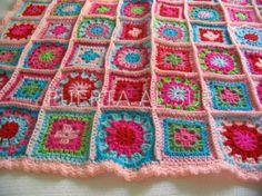 Manta de Crochet en lana cuadrados chicos - Puerta al Sur