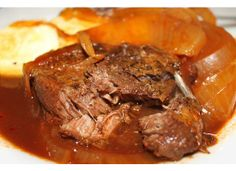 delicious and totally easy Balsamic Beef & Onions.  My crock pot is quite possibly my favorite of all of my kitchen tools