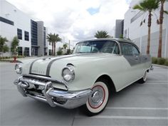 1955 Pontiac Chieftain Catalina / 287 ci V8 200 hp / 4 speed automatic