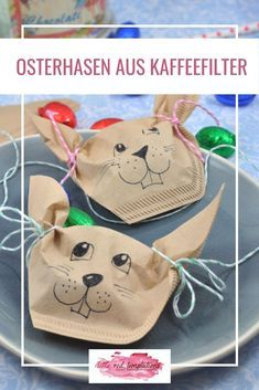 Easter bunnies made from coffee filters - DIY - Little Red, Decoration, Easter Bunny, Lunch Box, Diy, Christmas Ornaments, Holiday Decor, Blog, Crafts