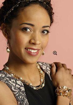 Precious Pearls. Hair, bracelet, necklace, anklet, belt. www.nataliegomes.com