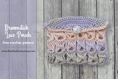 Broomstick Lace Pouch - Free Crochet Pattern - The Stitchin Mommy Lace Patterns, Easy Crochet Patterns, Crochet Stitches, Crochet Ideas, Broomstick Lace Crochet, Crochet Lace, Pouch Pattern, Free Pattern, Crochet Minecraft