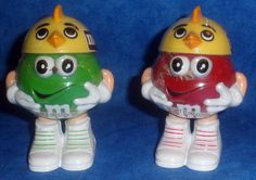 M & M Mini Candy Dispensers 2 Chick Baseball Caps Dispensers Green & Red  E1 #EasterDispensers