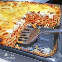 Esta es la clásica receta de macarrones gratinados de mi madre, pero al final tienes algunas ideas para enriquecer la salsa de tomate o para gratinados más ligeros. Chorizo, Mozzarella, Barbecue, Vegan Junk Food, Vegan Sushi, Vegan Baby, Vegan Smoothies, Lasagna, Kids Meals