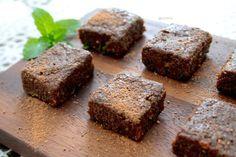 Raw Mint Chocolate Brownie Bites