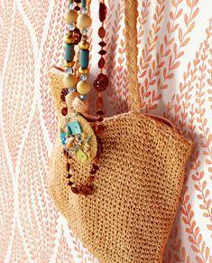 Tapeter - Her finder du alle vore tapeter - Billige priser Grenada, Custom Vans, Home Interior, Interior Design, Straw Bag, Wallpaper, Inspiration, Collection, Book