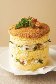 Panettone salato gorgonzola e noci