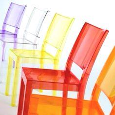 Mooi in kleine ruimtes, omwille van hun transparantie #kartell