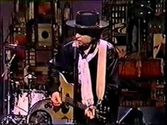 Bobby! Still the main man at age seventy and counting....here doing Forever Young on Letterman.