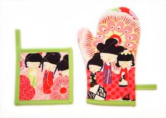 Green and Pink Japanese Dolls Kawaii Kitchen Set by Pornoromantic