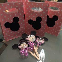 Minnie maus theme Party  Cupcakes | cake Pops | cake | desserttable