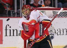 Jonas Hiller, Calgary Flames Hockey Rules, Hockey Goalie, Anaheim Ducks, Espn, Calgary, Nhl, Sports, Hs Sports, Sport