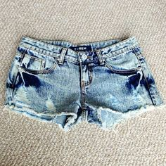 """Acid Wash Hey Girl Shorts Distressed acid wash denim shorts w cute cut out on back right pocket exposes """"Hey Girl"""" logo. Perfect condition. Never been worn. T-Rex Jeans"""