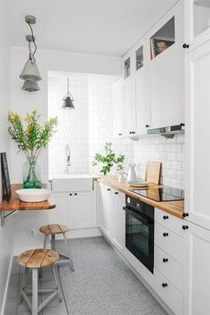 If you are looking for Apartment Kitchen Design Ideas, You come to the right place. Below are the Apartment Kitchen Design Ideas. This post about Apartment Kitchen Design Ideas was posted under the Ki. Galley Kitchen Design, Small Space Kitchen, Little Kitchen, New Kitchen, Kitchen White, Kitchen Wood, Awesome Kitchen, Compact Kitchen, Cheap Kitchen