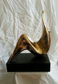 Queen Ballerina www.sculptor-neacsu.eu