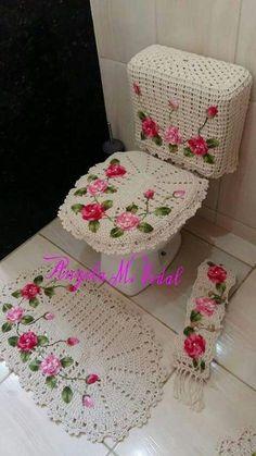 Crochet afghan pictures baby blankets Ideas for 2019 Appliques Au Crochet, Crochet Applique Patterns Free, Free Crochet, Knit Crochet, Crochet Towel, Crochet Doilies, Crochet Crafts, Crochet Projects, Bathroom Crafts