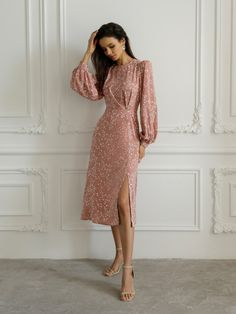 Vintage Formal Dresses, Elegant Dresses, Cute Dresses, Short Dresses, Edgy Outfits, Classy Outfits, Simple Homecoming Dresses, Dresses To Wear To A Wedding, Frock Design