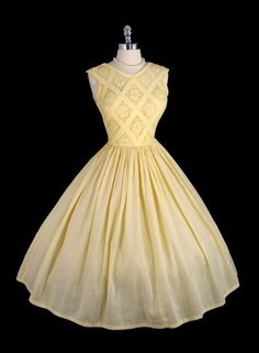 Vintage 1950's 50's Pastel Yellow Bombshell Lace Cotton Garden Party Dress S