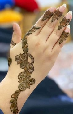 50 Most beautiful Amritsar Mehndi Design (Amritsar Henna Design) that you can apply on your Beautiful Hands and Body in daily life. Pretty Henna Designs, Henna Tattoo Designs Simple, Floral Henna Designs, Latest Bridal Mehndi Designs, Henna Art Designs, Mehndi Designs For Beginners, Wedding Mehndi Designs, Mehandi Designs, Latest Mehndi