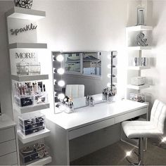 41 beautiful makeup room ideas, organizer and decorating 40 41 Beauti. - 41 beautiful makeup room ideas, organizer and decorating 40 41 Beautiful Makeup Room Ide - Dressing Table Inspo, Built In Dressing Table, Dressing Table Organisation, Dressing Room Design, Dressing Tables, Dressing Rooms, Dressing Table With Lights, Makeup Room Decor, Makeup Rooms