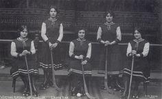 The Worthing Kursaal Ladies Hockey Club photographed by Otto Brown of  The Kursaal, Worthing (c1914)