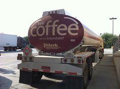 Camión cisterna para café. #coffe