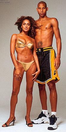 Reggie & ex in Sports Illustrated Swimsuit Mag Reggie Miller, Basketball Pictures, Indiana Pacers, African Diaspora, Sports Illustrated, Kobe, Pride, Swimsuits, Wonder Woman