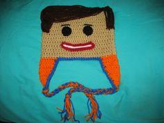 Crocheted Emmet Lego Hat Crochet Lego, Cute Crochet, Crochet Ideas, Crochet Projects, Crochet Patterns, Knit Hats, Crochet Hats, Lego Hat, Emmet Lego