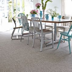 Natural Look Loop Pile Pattern Carpet