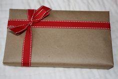 http://www.strangehistory.net/blog/wp-content/uploads/2012/12/gift-wrapped-up.jpg